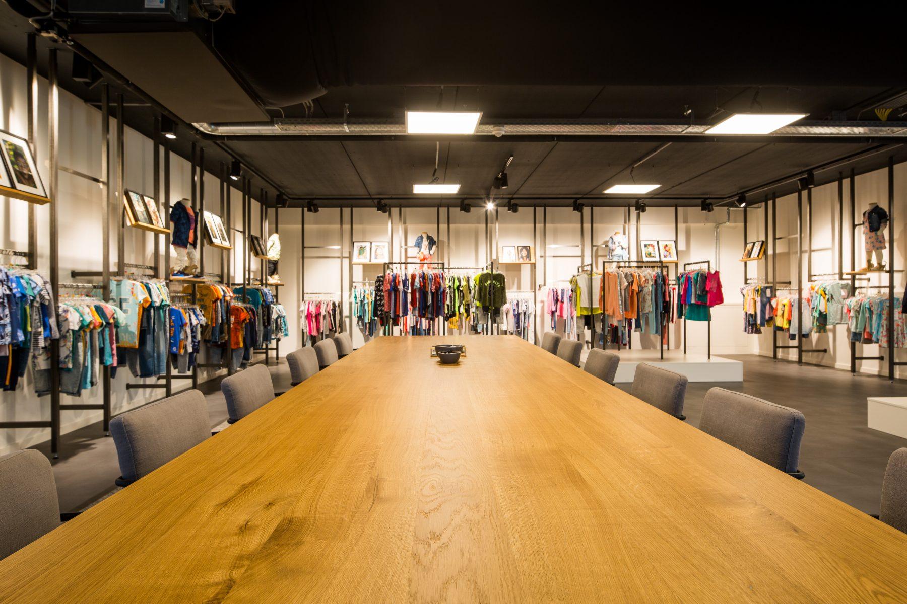 Mode-investeerders nemen Twents modebedrijf Jomo Fashion over
